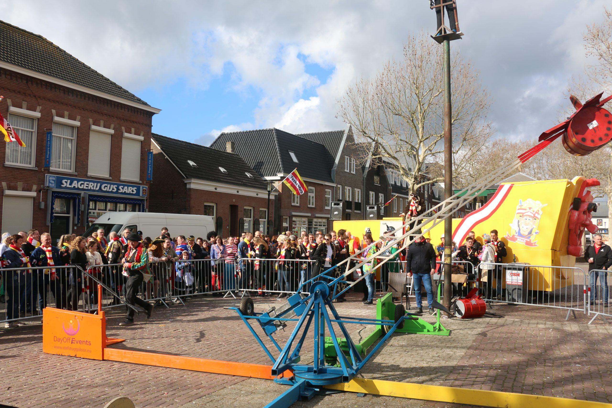 Carnaval met Levensgroot Stef Stuntpiloot in het gezellige Brabant